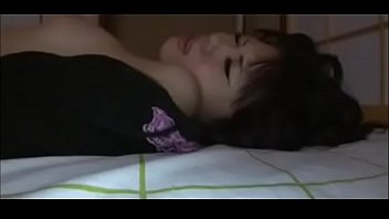 sleeping japanese chick