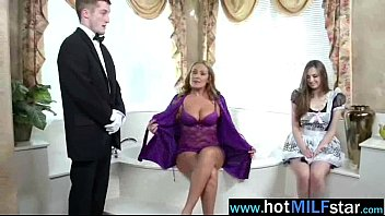 elektra elexis jaw-dropping cougar like to gargle and.