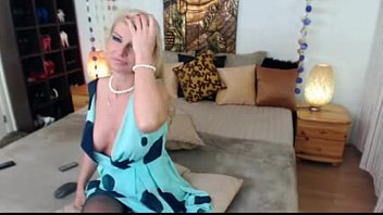 Sexy Blonde Milf on Webcam - See more at faporn69.com
