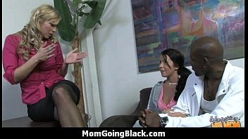 mature cougar takes on xxl ebony.