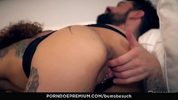 BUMS BESUCH - Cum in mouth for horny brunette amateur