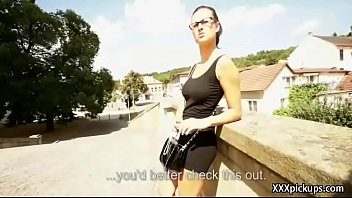 public pickup dame lure tourist for bang and.