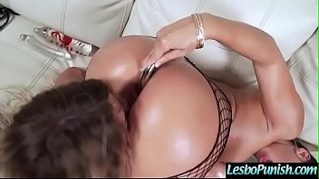 sumptuous lezzies abellaamp_kissa get disciplined with.