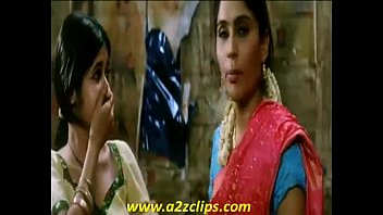 women smooching-dil dosti etc