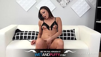 Wetandpuffy - Dildo play and masturbation for hot cherry pussy babe Cassie