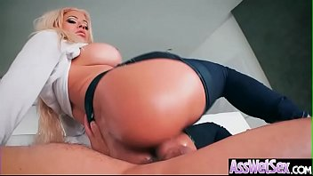 Anal Sex With Horny Big Butt Oiled Girl (Luna Star) video-22