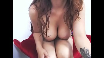 Great body slutty amateur played herself till cum on cam