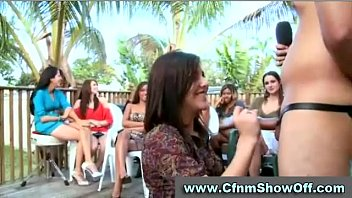 Naked CFNM guys checked out by amateur babes