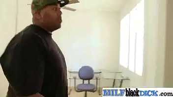 Sex Tape Between Monster Black Dick Stud And Sexy Milf (austin taylor) mov-04