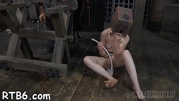 tormentor is tormenting babe039_s wool pie