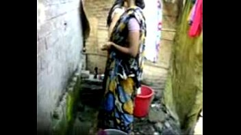 bangla desi village woman bathing in.