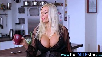 (michelle thorne) Gorgeous Milf Busy Riding Huge Dick On Cam video-25