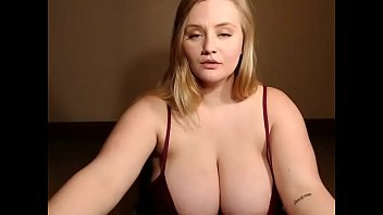 lovely plus-size unsheathed her outstanding brassiere-stuffers on web cam