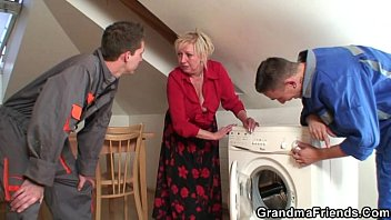 two repairmen screw chesty grannie from.