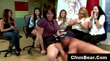 CFNM stripper licking amateur pussy at CFNM show
