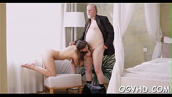 Steaming young chick bonks old stud