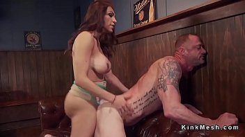she-creature buttfuck drills hubby in club